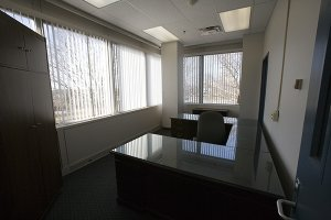 Hardwall Office w/ Windows